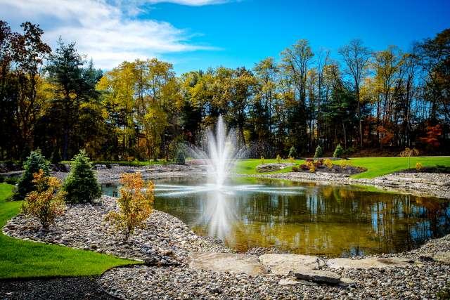 Summit At Saratoga Fountain